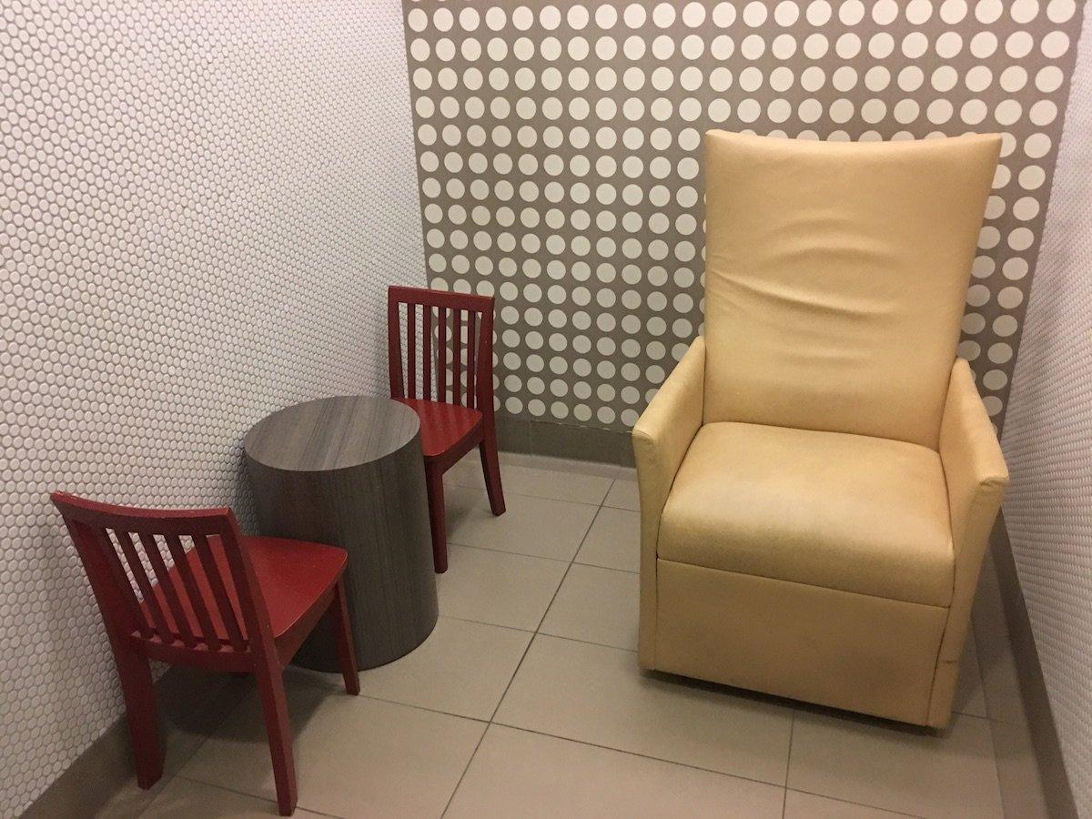 Sessel zum Stillen in Santa Monica