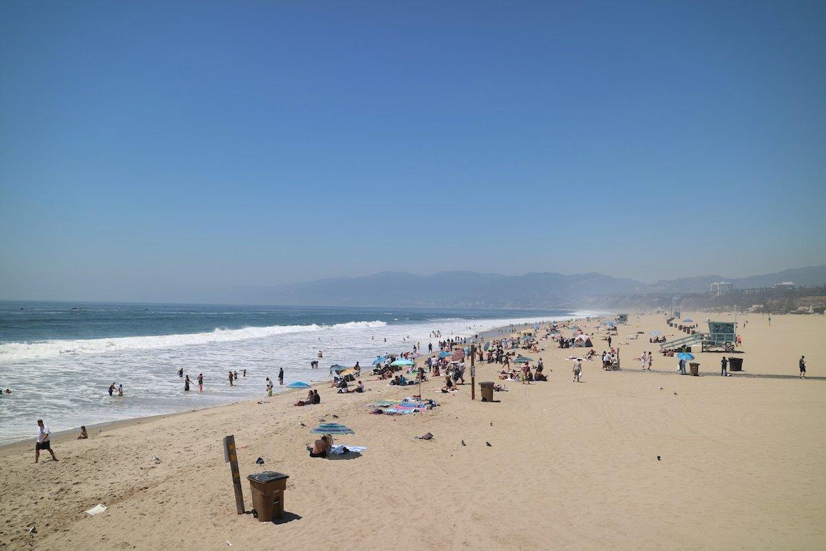 Santa Monica Beach mit Baby