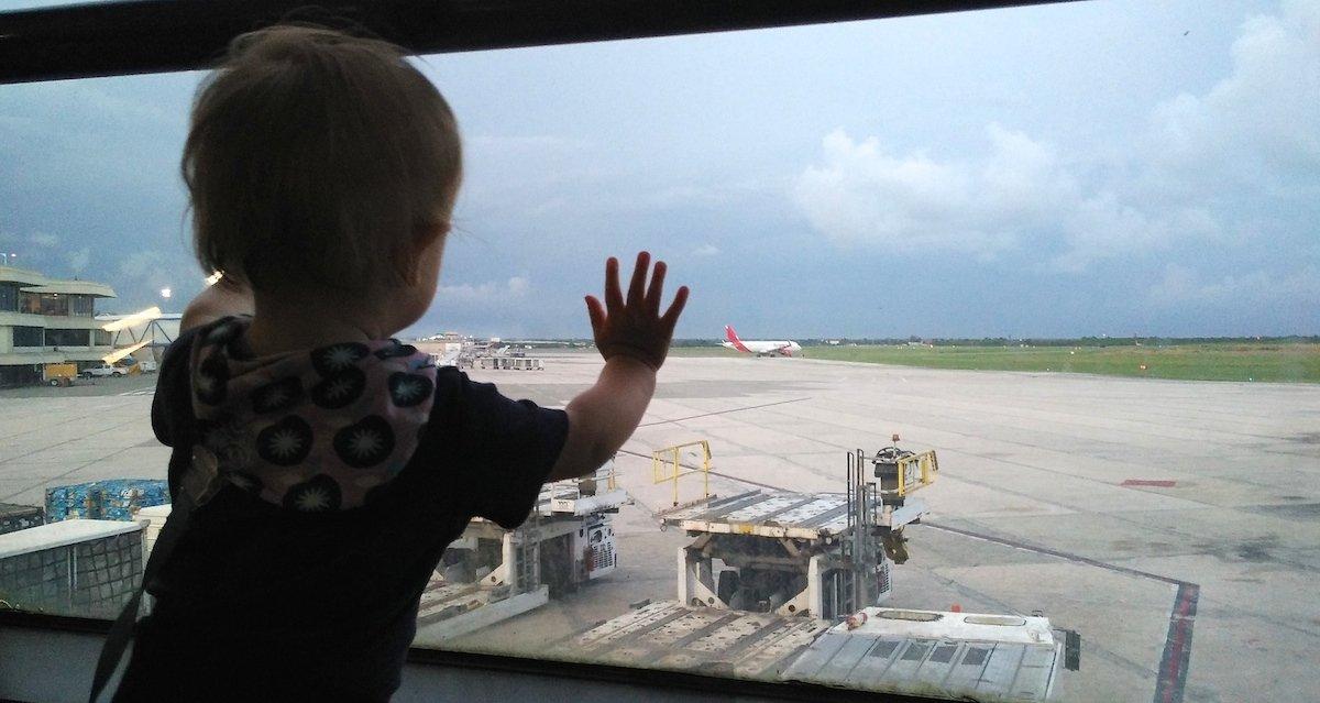 Langstreckenflug mit Kleinkind