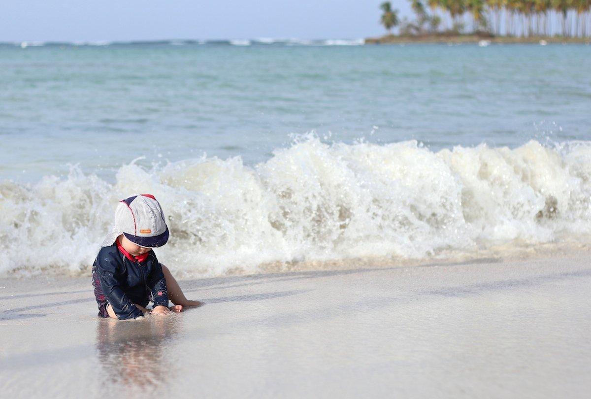 Packliste für den Badeurlaub mit Baby