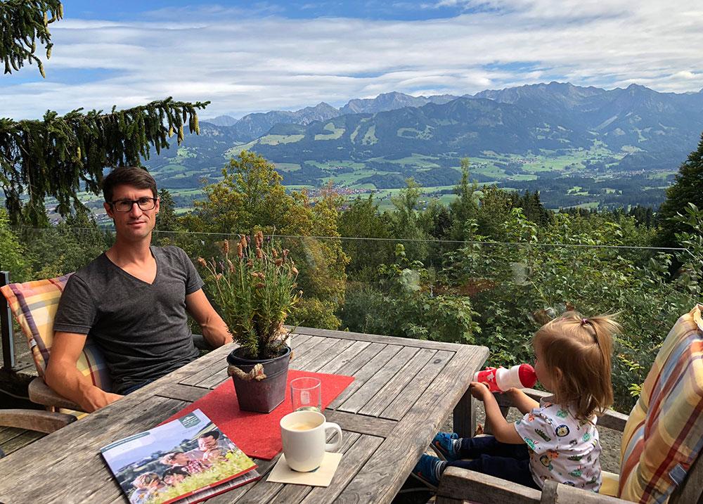 Familienhotel Bayern Panorama Terrasse