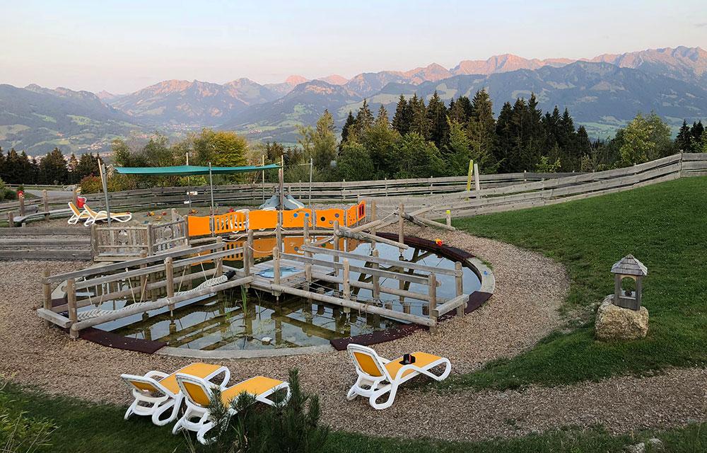 Familienhotel Bayern Wasserspielplatz
