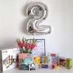 Geschenke zum 2. Geburtstag. Was das Reise-Mädchen bekommen hat und Geschenk-Ideen für 2 Jährige