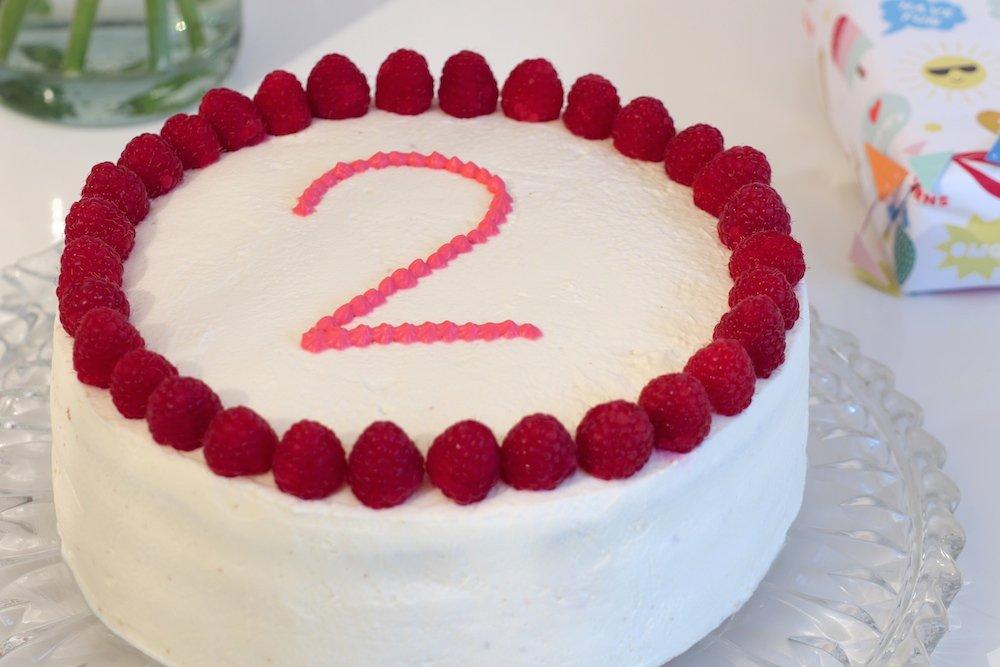 Kuchen zum 2. Geburtstag Himbeeren