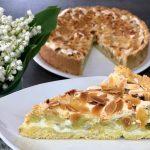 Rhabarber-Kuchen mit Nuss-Baiser | Rezept