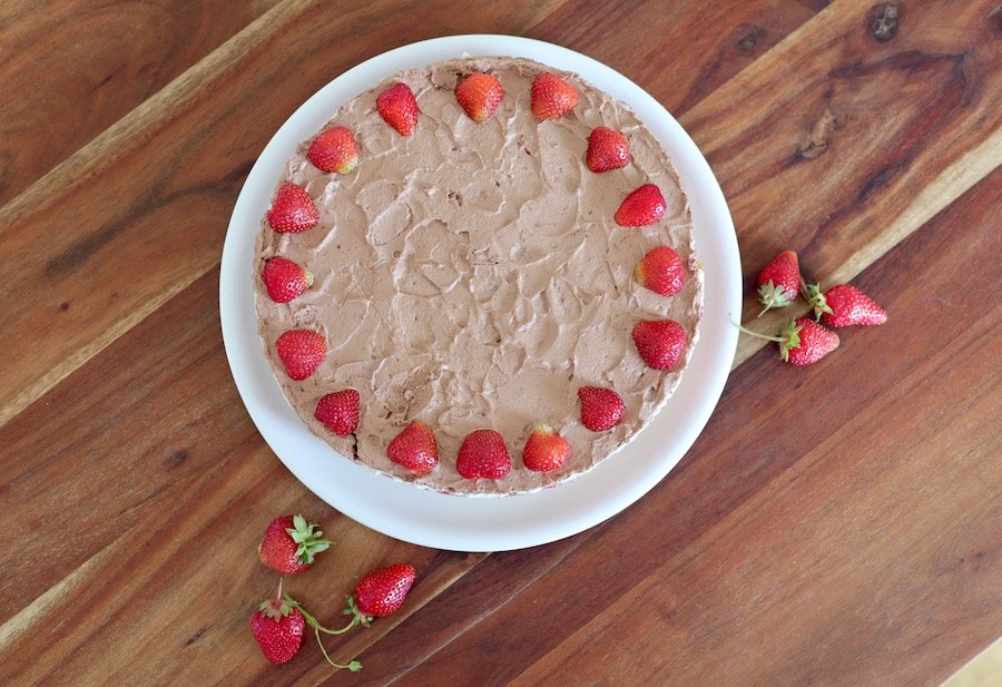 Erdbeer-Torte mit Pudding und Schokolade Rezept
