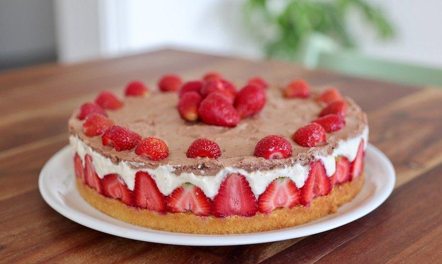 Erdbeer-Torte Rezept backen