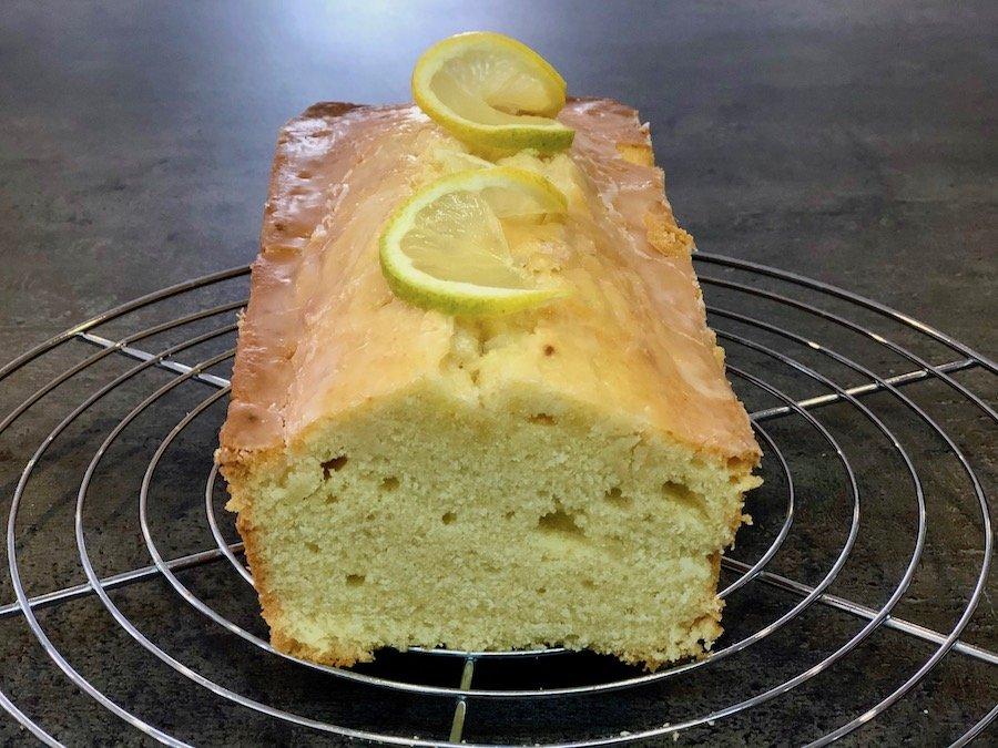 Einfacher Zitronenkuchen Rezept schnell