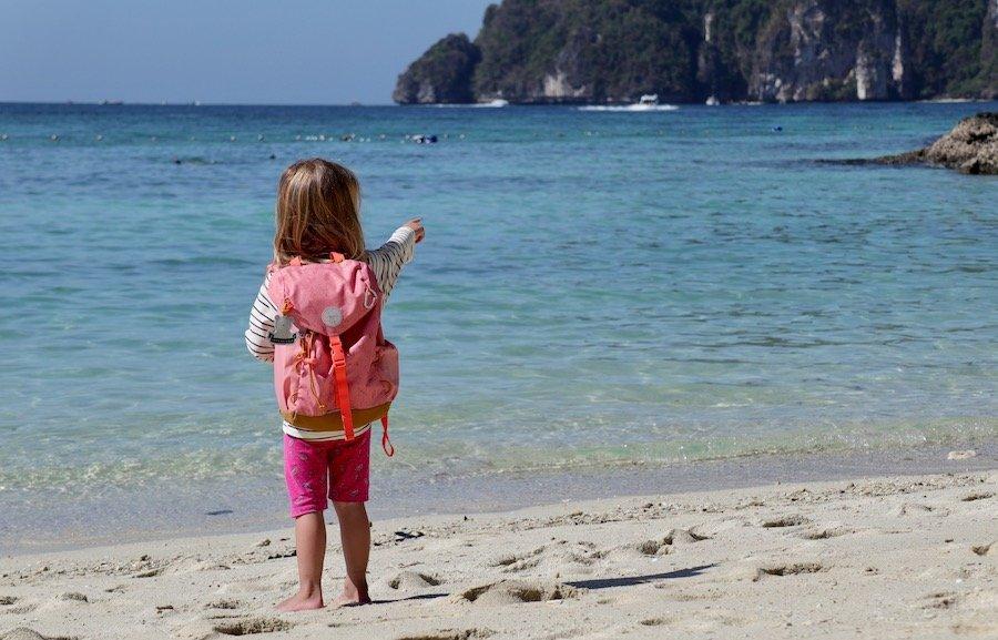 Entspannt reisen mit Kleinkind Tipp Kinderrucksack