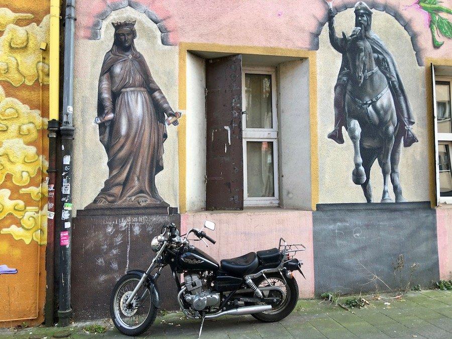 Düsseldorf mit Kindern Reise-Guide mit einheimischen Tipps und wichtigsten Sehenswürdigkeiten Stadtviertel Street Art