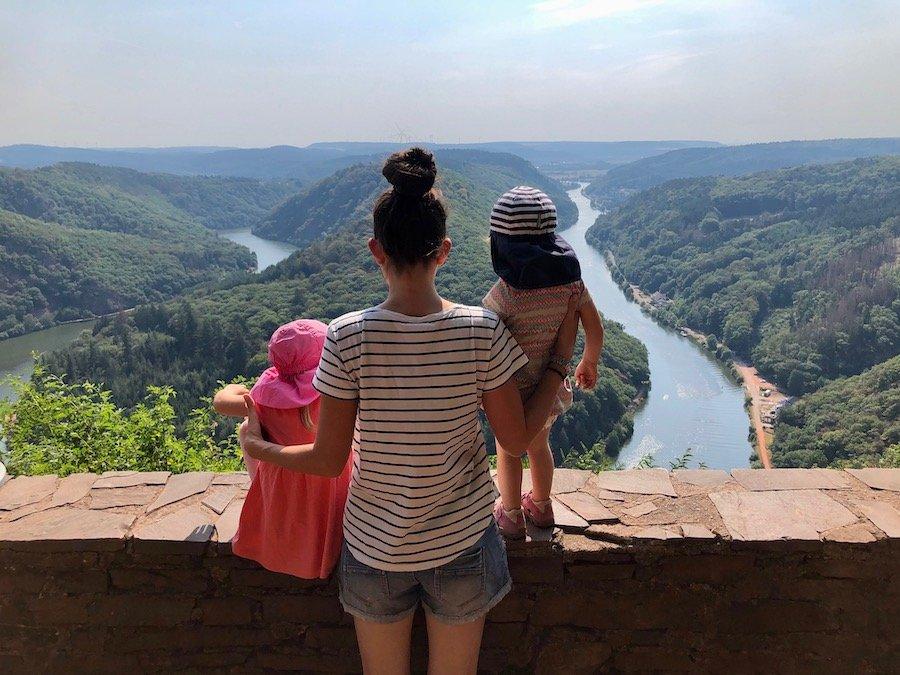 Saarschleife mit Kindern Aussichtspunkt Cloef